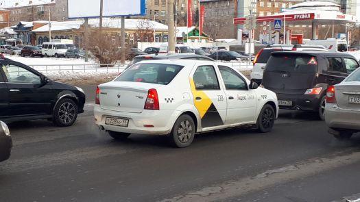 Renault Logan 2008, белый, Т228НН55