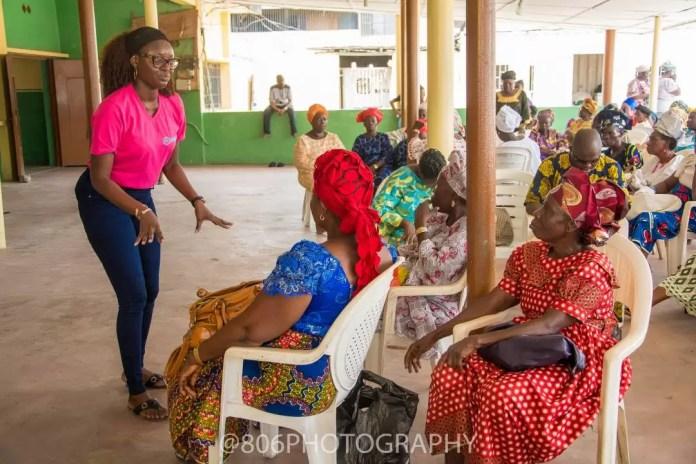 Yetunde Fatogun addressing the widows