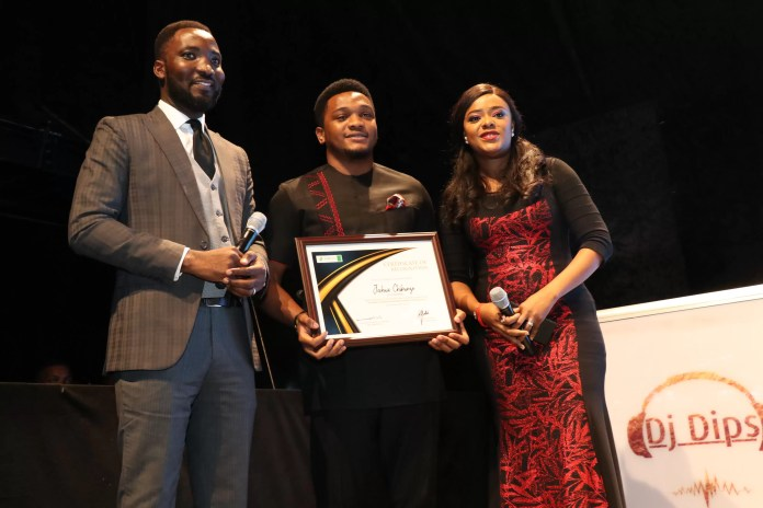 EMNews - PIGGYBANK, AFROTECH GIRLS, ZNM FOUNATION, TAMBOLLO, OTHERS WIN SME100 AWARD 8