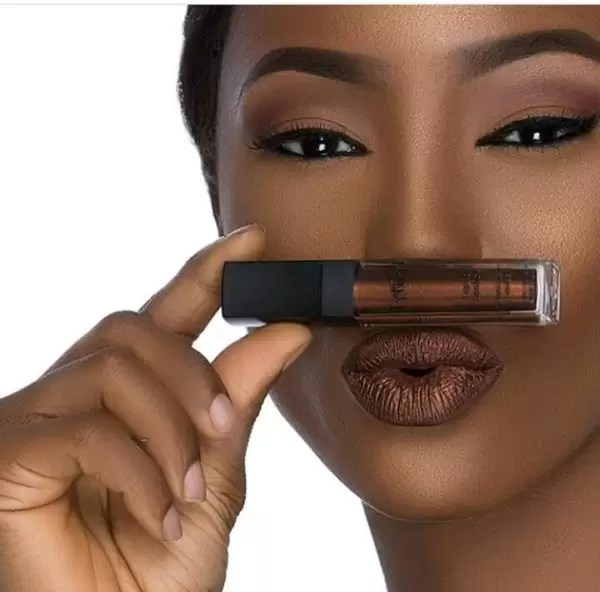New product alert! HouseofTara introduces new metallic lipstay 8