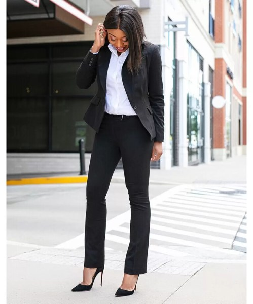 9 to 5 chic: How to Wear White Shirts From Monday to Friday 1