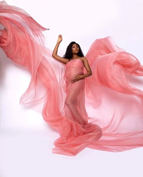 Entertainment News: Tv Host/Entrepreneur Stephanie Coker Celebrates 31st birthday with Beautiful Maternity Photos 1