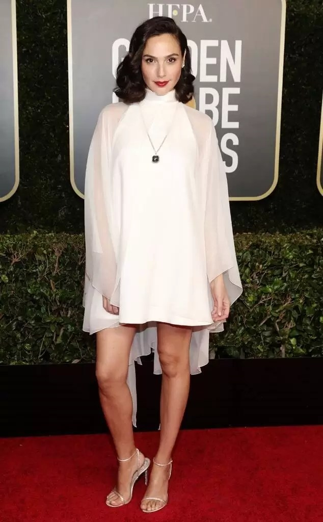 Golden Globe 2021 : See the Stars in All Their Glory/ Gal Gadot