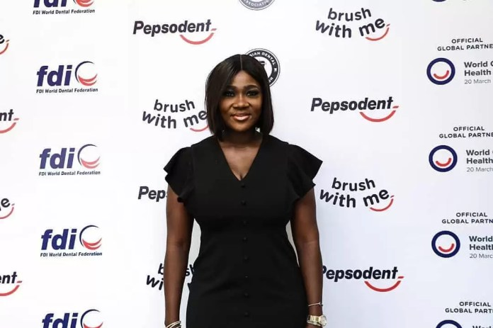 Actress Mercy Johnson, Otto Orondaam (Slum2school), Dental Professionals And Others Joined Pepsodent Round Table To Discuss The Importance And Actions To Foster Good Oral Hygiene With The Pandemic. 6