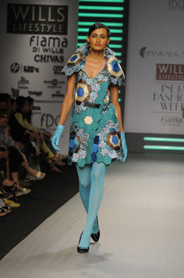 pankaj-and-nidhi-ahuja-aw09-blue-dress