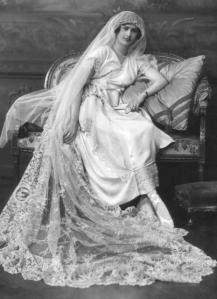 1920 wedding of Hazel Mary Cox and Captain Ronal Streeter Lambert on Exshoesme.com