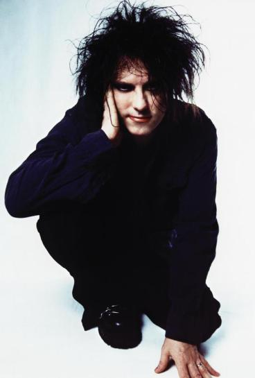 Robert Smith - trendsetter, extraordinaire.