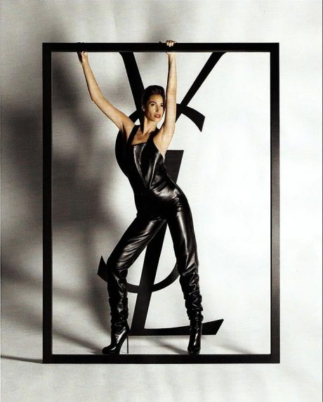 christy-turlington-ysl-fw-09-ad