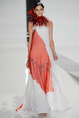 So hot, it's cool at Ralph Rucci SS 2010