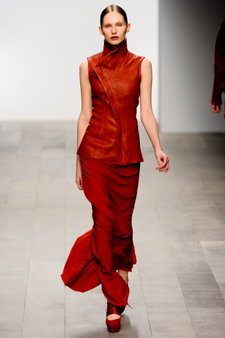 Todd Lynn FW11 red vest and long skirt