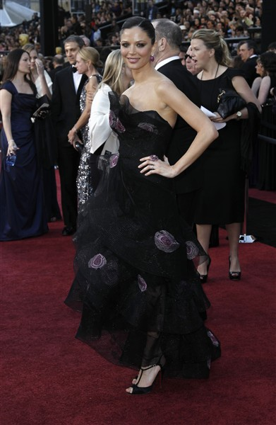 Georgina Chapman in Marchesa Oscars 2011 on exshoesme.com