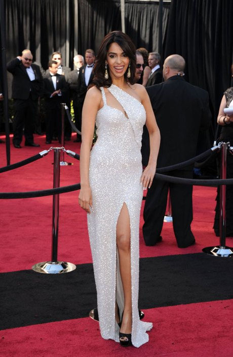 Mallika Sherawat at the Oscars 2011 on exshoesme.com