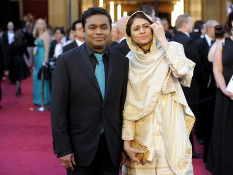 A. R. Rahman and Saira Banu at the Oscars 2011 on exshoesme.com