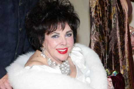 Elizabeth Taylor on exshoesme.com