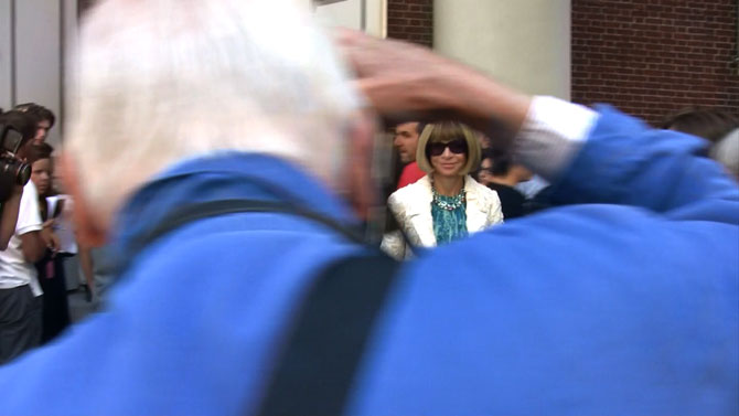 Bill Cunningham Captures Anna Wintour on exshoesme.com