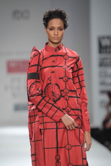 Time Red Dress at Kallol Datta FW11 on exshoesme.com