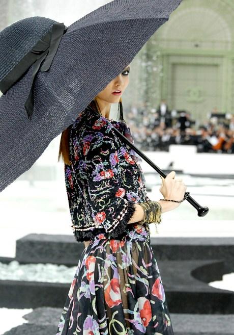 Chanel SS11 Hat Umbrella on exshoesme.com