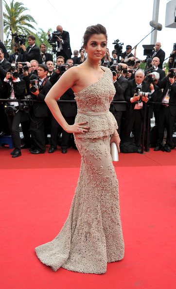 Aishwarya Rai in Elie Saab at the 2011 Cannes Film Festival on exshoesme.com.