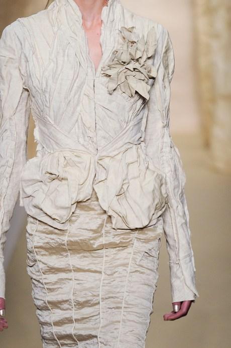 Donna Karan SS11 Wrinkled Suit on exshoesme.com