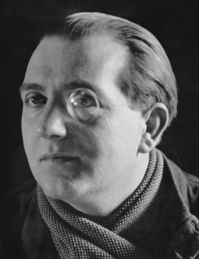 Film-maker Fritz Lang, 1929 by E.O. Hoppé on exshoesme.com