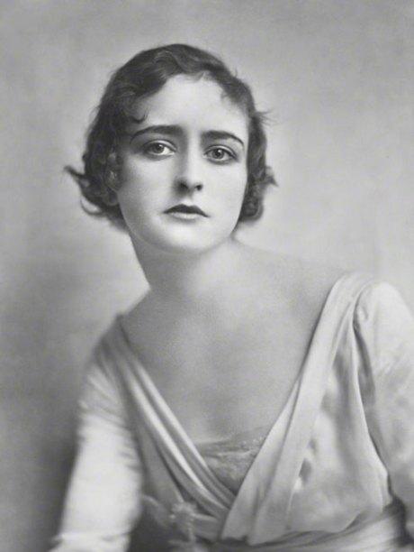 Hebe (Constance Vessellier), 1917 by E. O. Hoppé on exshoesme.com.