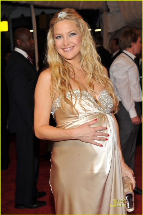 Kate Hudson at the Met Ball 2011 on exshoesme.com