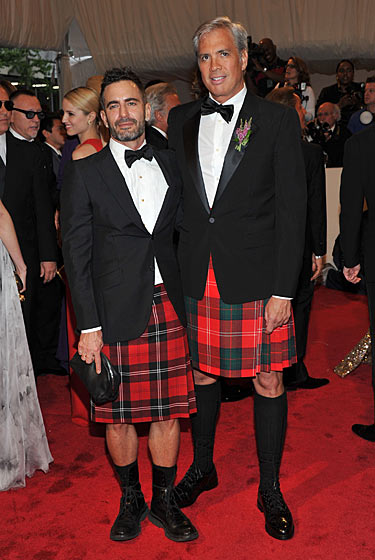 "Marc Jacobs and Robert Duffy ""Alexander McQueen: Savage Beauty"" Costume Institute Gala At The Metropolitan Museum Of Art on exshoesme.com"