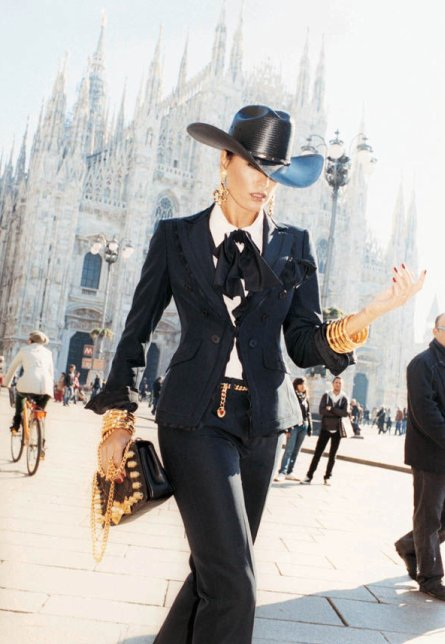 Yasmin Le Bon for Moschino SS11 Ad Campaign by Juergen Teller 2 on exshoesme.com