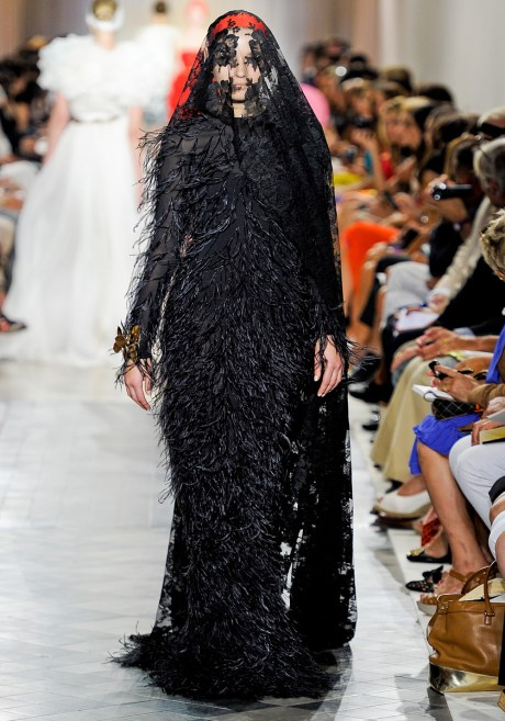 Giambattista Valli Fall 2011 Haute Couture Black Veiled Dress on exshoesme.com