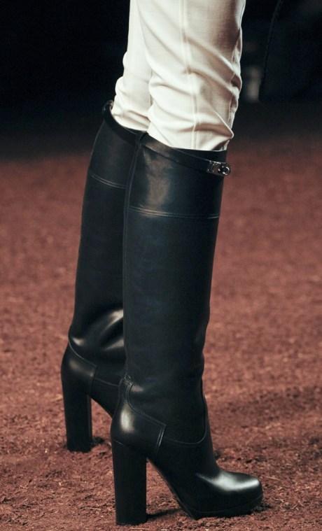 Hermes SS11 Heeled Riding Boots on exshoesme.com