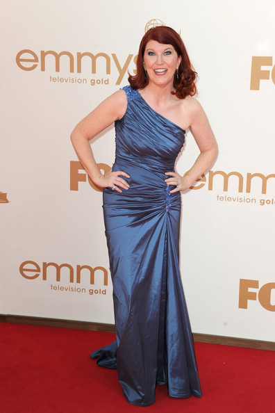3 Kate Flannery at the 2011 Emmy Awards on Exshoesme.com