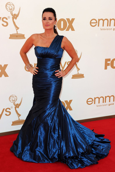 4 Kyle Richards at the 2011 Emmy Awards on Exshoesme.com