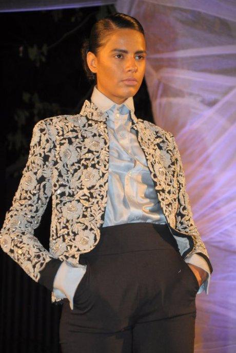Anamika Khanna Spring Resort 2011 Matador Embroidered Jacket on Exshoesme.com
