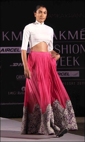 Anamika Khanna Spring Resort 2011 Pink Embroidered Lainga Skirt on Exshoesme.com