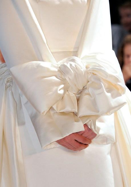 Comme Des Garcons SS12 Hand Bow on Exshoesme.com
