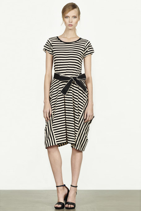 DKNY PF11 Black and White Stripes on Exshoesme.com