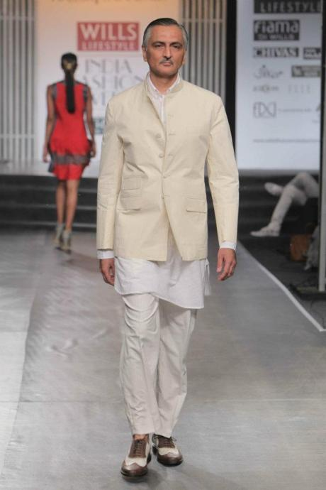 Rajesh Pratap Singh SS12 Menswear Cream Nehru Jacket on Exshoesme.com