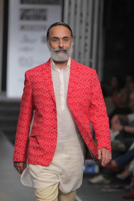 Rajesh Pratap Singh SS12 Menswear Red Ikat Jacket Detail on Exshoesme.com