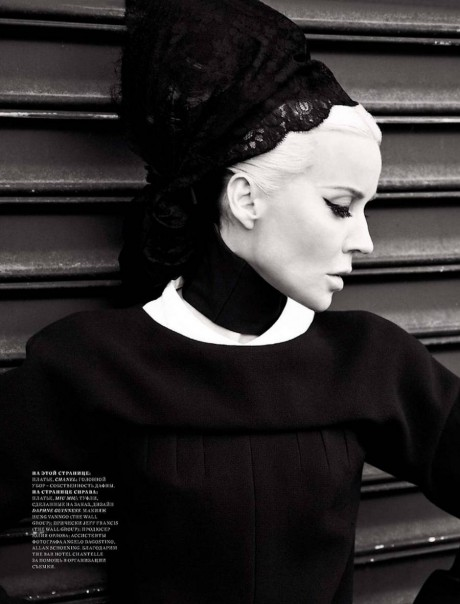 7 Daphne Guinness photographed by Alan Gelati for Harper's Bazaar Russia December 2011 on Exshoesme.com