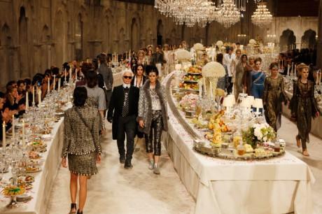 Chanel Métiers d'Art PF12 Paris-Bombay Collection Background Set on Exshoesme.com