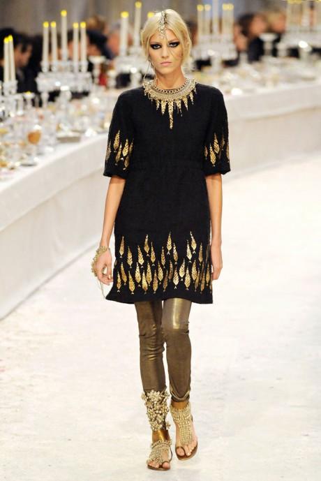 Chanel Métiers d'Art PF12 Paris-Bombay Collection Black and Gold Tunic and Pants Exshoesme.com