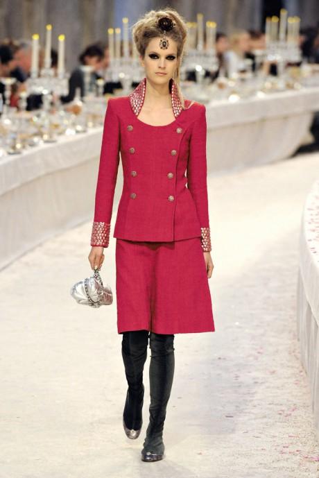 Chanel Métiers d'Art PF12 Paris-Bombay Collection Raspberry Pink Suit on Exshoesme.com