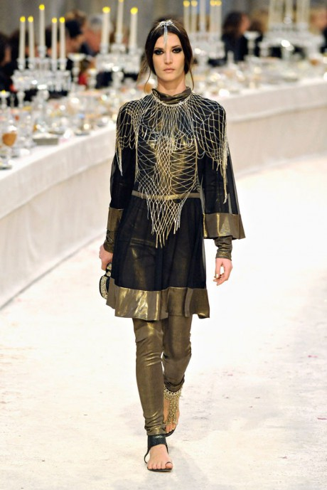 Chanel Métiers d'Art PF12 Paris-Bombay Collection Tunic and Skinny Pant with Web Overlay on Exshoesme.com