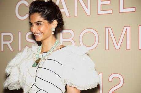 Sonam Kapoor at the Chanel Métiers d'Art PF12 Paris-Bombay Collection on Exshoesme.com