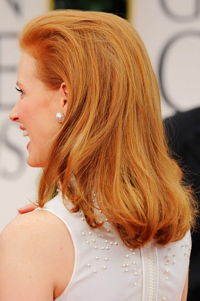 3 Jessica Chastain's hairstyle - back view at the 2012 Golden Globe Awards on Exshoesme.com