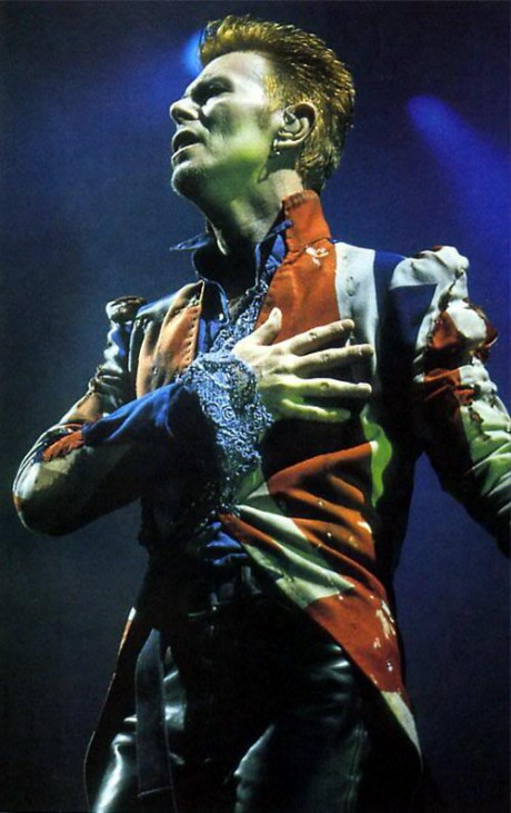 David Bowie in McQueen Union Jacket during the Earthling Tour on Exshoesme.com