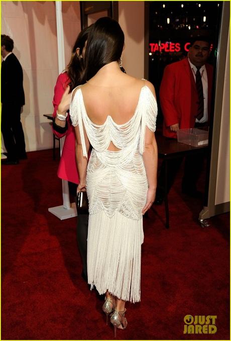 Lea Michel from behind, in Marchesa, at the 2012 People's Choice Awards on Exshoesme.com