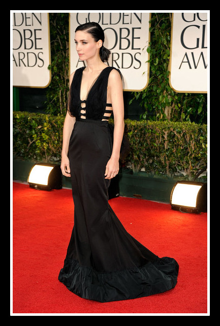 Rooney Mara in Nina Ricci - Side View at the 2012 Golden Globe Awards on Exshoesme.com