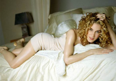 Sarah Jessica Parker as Carrie Bradshaw in the Naked Dress on Exshoesme.com
