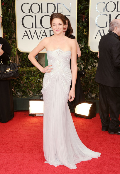 Shailene Woodley at the 2012 Golden Globe Awards on Exshoesme.com